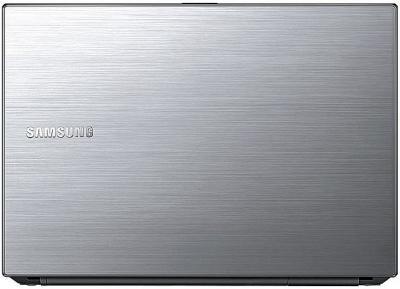 Ноутбук Samsung 300V5A (NP-300V5A-S17RU) - крышка