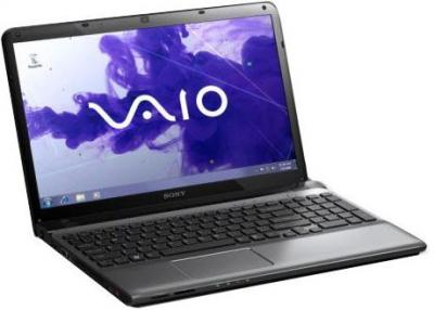 Ноутбук Sony SVE1511T1RSI - спереди