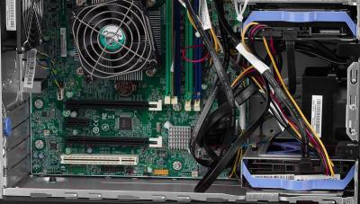 Сервер Lenovo ThinkServer TS140 (70A4003TRU)