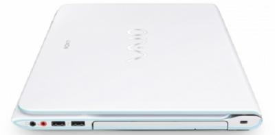 Ноутбук Sony VAIO SVE14A1V1RW  - Вид сверху
