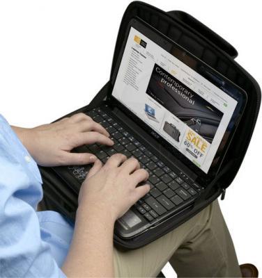 Сумка для ноутбука Case Logic QNS-111K - с ноутбуком