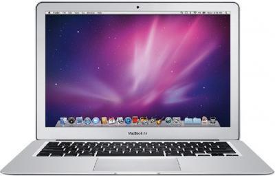 Ноутбук Apple MacBook Air 13'' (MD232RS/A) - фронтальный вид