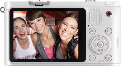 Беззеркальный фотоаппарат Samsung EV-NX1000 White (EV-NX1000BFWRU) - вид сзади