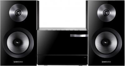 Микросистема Samsung MM-E330 - общий вид