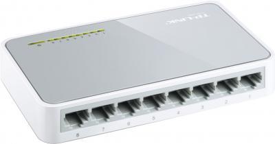 Коммутатор TP-Link TL-SF1008D - вид сзади