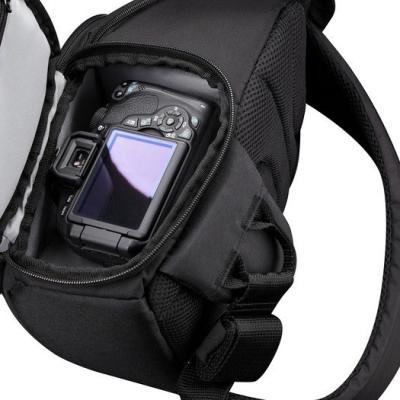 Сумка Case Logic TBC-410 (Black) - отделение для фотоаппарата
