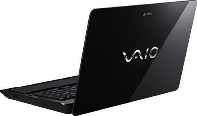 Ноутбук Sony VAIO VPCF23Z1R/BI - Вид сзади сбоку