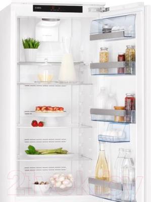 Холодильник без морозильника AEG SKZ981800C