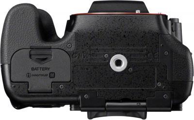 Зеркальный фотоаппарат Sony Alpha SLT-A65K - вид снизу