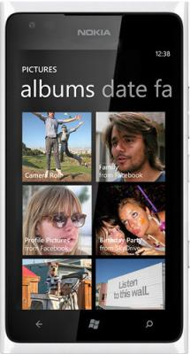 Смартфон Nokia Lumia 900 White - общий вид