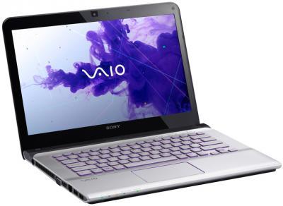 Ноутбук Sony VAIO SVE14A1X1RS - спереди