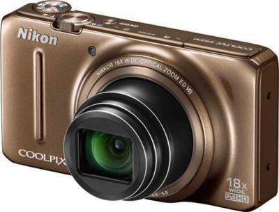 Компактный фотоаппарат Nikon COOLPIX S9200 Brown - общий вид