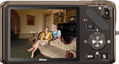 Компактный фотоаппарат Nikon COOLPIX S9200 Brown - вид сзади