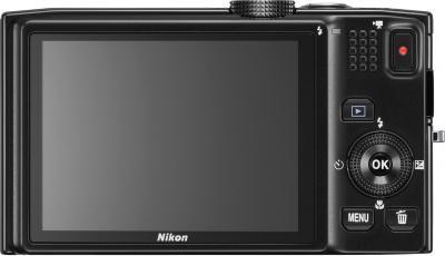 Компактный фотоаппарат Nikon Coolpix S8200 Black - вид сзади
