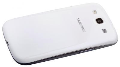 Смартфон Samsung Galaxy S III / I9300 (голубой) - сзади