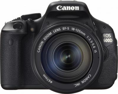 Зеркальный фотоаппарат Canon EOS 600D Kit 18-135mm IS - вид спереди