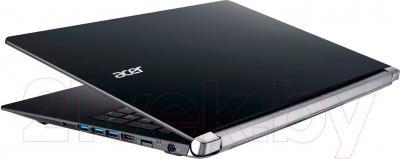 Ноутбук Acer Aspire VN7-571G-50Z2 (NX.MQKER.008) - вид сбоку