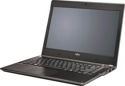 Ноутбук Fujitsu LIFEBOOK UH572 (UH572M0002RU) - общий вид