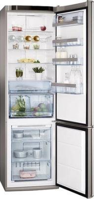 Холодильник с морозильником AEG S83600CMM0 - с открытой дверью