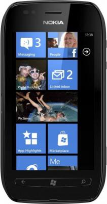 Смартфон Nokia Lumia 710 Black - общий вид