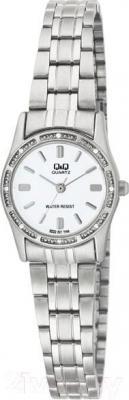 Часы женские наручные Q&Q Q695J201