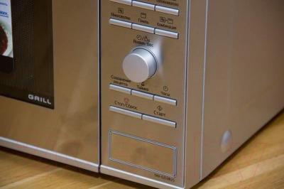 Микроволновая печь Panasonic NN-GD382SZPE - панель 2