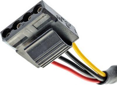 Блок питания для компьютера FSP 350-60APN - разъемы (Molex)