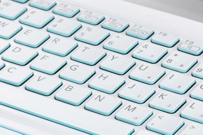 Ноутбук Sony VAIO SV-E14A2M1R/W - клавиатура