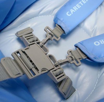 Стульчик для кормления Caretero Magnus (синий) - ремни безопасности