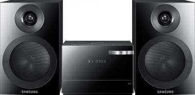 Микросистема Samsung MM-E320D - общий вид