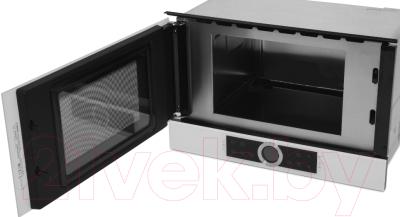 Микроволновая печь Bosch BFL634GW1 - с открытой дверцей