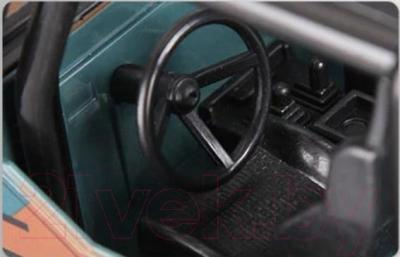 Радиоуправляемая игрушка MJX Автомобиль Cross Country Джип 1562A - вид салона со стороны водителя