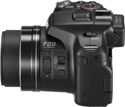 Компактный фотоаппарат Panasonic Lumix DMC-FZ200EEK - вид сбоку
