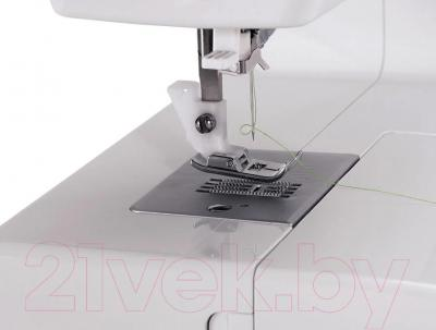 Швейная машина Singer 3229 - заправка нити в иглу