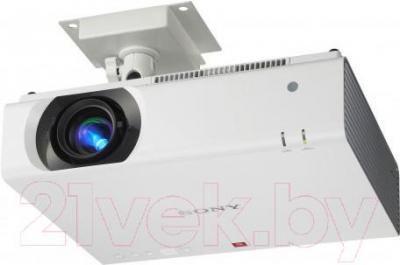 Проектор Sony VPL-CW276 - пример крепления к потолку