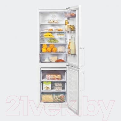 Холодильник с морозильником Beko RCNK320K21W