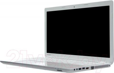 Ноутбук Toshiba Satellite KairosM L50-B-1M9 (PSKTCE-02X00CU3)
