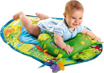 Развивающий коврик Tiny Love Лягушка 20110000100 - ребенок на коврике