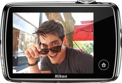 Компактный фотоаппарат Nikon Coolpix S01 Silver - вид сзади
