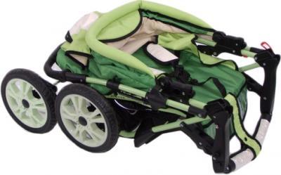 Детская универсальная коляска Anmar Rosse Golden (Green) - в сложенном виде