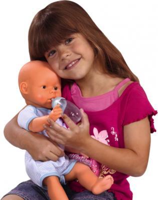 Кукла-младенец Simba Мальчик (с аксессуарами) 10 5035189 - ребенок с куклой