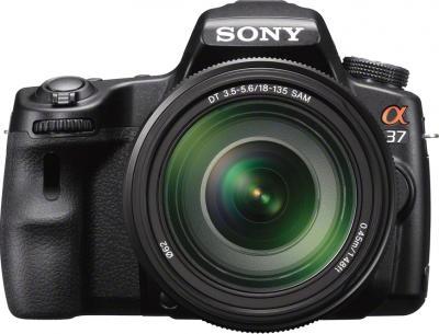Зеркальный фотоаппарат Sony SLT-A37M (черный) - вид спереди