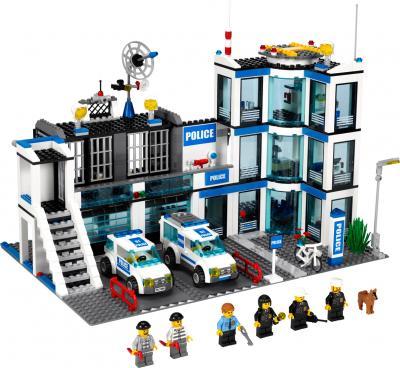 Конструктор Lego City Полицейский участок (7498) - общий вид