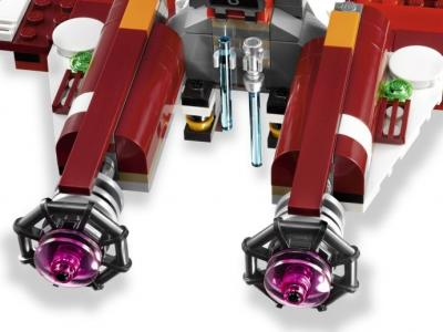 Конструктор Lego Star Wars Республиканский атакующий звёздный истребитель (9497) - двигатели корабля