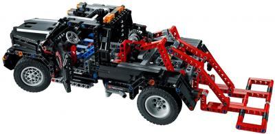 Конструктор Lego Technic Тягач 2 в 1 (9395) - эвакуатор-автомобиль