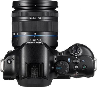 Беззеркальный фотоаппарат Samsung NX20 Kit 18-55mm Black - вид сверху