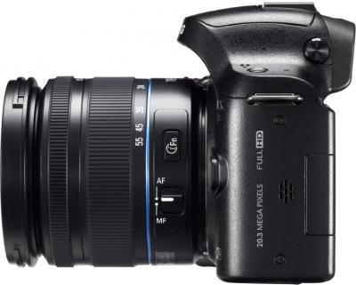 Беззеркальный фотоаппарат Samsung NX20 Kit 18-55mm Black - вид сбоку