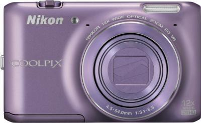 Компактный фотоаппарат Nikon Coolpix S6400 (Purple) - вид спереди с закрытым объективом