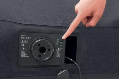 Надувной матрас Intex 66780 - встроенный насос