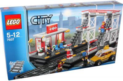 Конструктор Lego City Железодорожный вокзал (7937) - упаковка